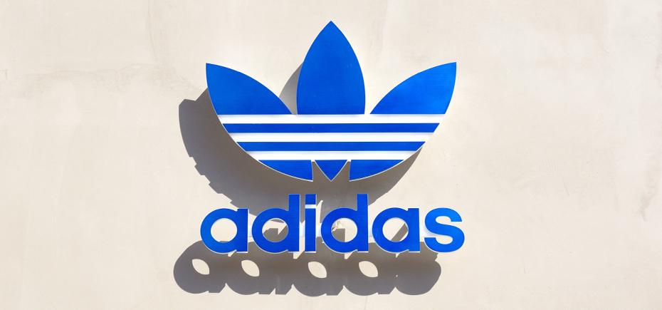 adidas รองเท้า
